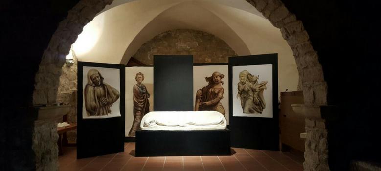 """Installazione artistica """"Con-pianto"""" di Salvo Barone"""